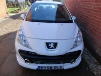 White Peugeot 207 Sport XS 150 THP for Spares or Repairs