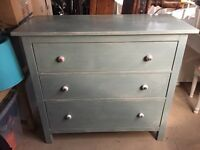 Painted shabby chic chest of drawers