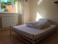 STUNNING DOUBLE ROOM TO RENT ALL BILLS INCLUDED