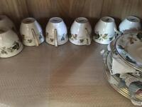 Royal Doulton part tea set £10