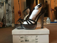 Kurt Geiger Carvella LARA Ladies Heels - Size 4 UK