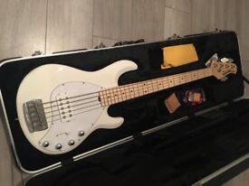 MUSICMAN STINGRAY 5 BASS GUITAR - WHITE- MAPLE