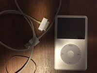 iPod classic 7 th gen silver 160 gb