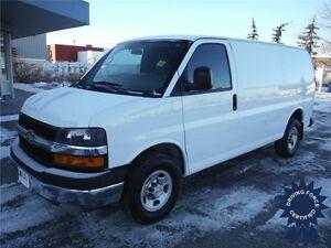 2015 Chevrolet Express 2500 Cargo Van - 20,340 KM - Backup Cam