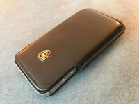 Apple iphone 4s unlocked 16GB black with Porsche leather case and charger