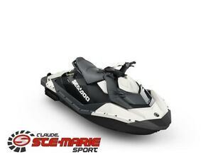 2017 Sea-Doo/BRP Spark 2 places iBR et Ensemble Commodité Plus
