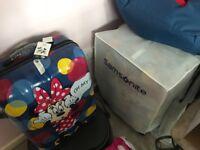 Brand new sealed Disney samsonite suitcase bargain £85 Ono