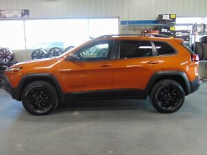 2015 Jeep CHEROKEE 4X4 Trailhawk