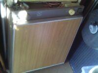 caravan 3 way fridge electrolux 212f