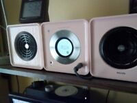 Cute pink Philips cube stereo system. Perfect but minus remote.