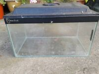 Clear Seal Aquarium 46x25x25cm with lid. Ideal for starting cold or tropical fish