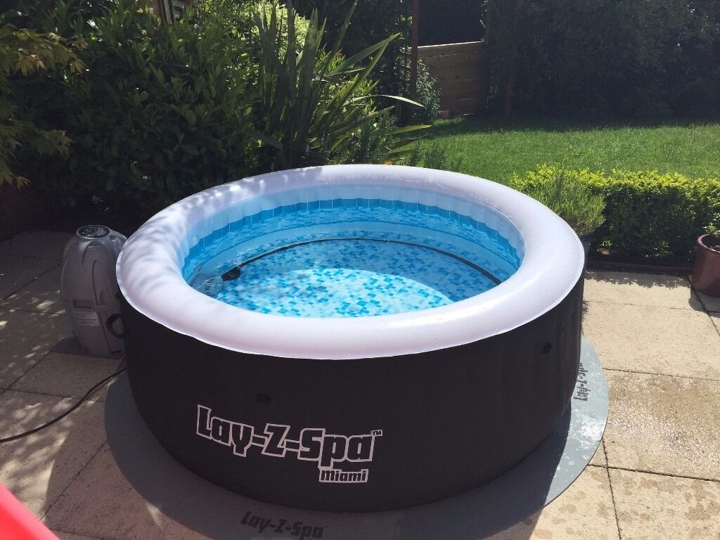 lazy spa miami hot tub in hinckley leicestershire. Black Bedroom Furniture Sets. Home Design Ideas