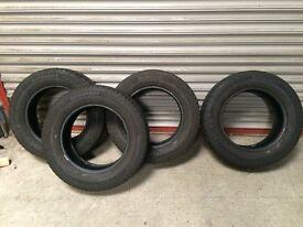 4 x Continental VancoWinter 215/65/16 van tyres