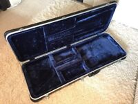 Hard Shell Case to fit Fender / Squier Telecaster. Freestyle Deluxe Moulded Case.