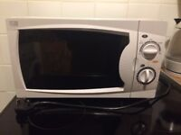 White Microwave - great working condition!