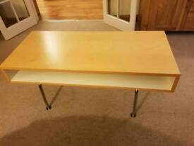 Coffee table - Ikea - modern design, excellent condition
