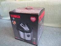 Tower T16005 Digital Pressure Cooker, 6 Litre, 1100 Watt - brand-new