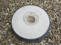 Circular Concrete Inspection Chamber Cover for 320mm Pipework