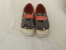 Clarks shoes in size 6,5F/23