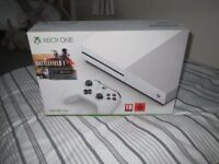 X BOX ONE S CONSOLE WHITE, WITH GAMES, COLLECT ORPINGTON