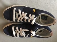Pair of lovely genuine canvas shoes by Ralph Lauren size 8 £12