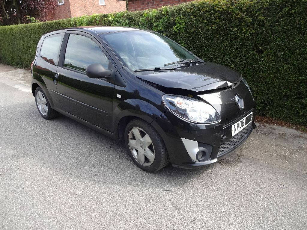 damaged salvage spares or repair 2008 renault twingo dynamique in black in brough east. Black Bedroom Furniture Sets. Home Design Ideas
