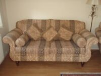 RETRO /VINTAGE STYLE 2.5 SEATER OMEGA FURNITURE FABRIC SOFA AND POUFFE DELIVERY AVAILAB