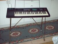 Yamaha PSR-16 Electronic Keyboard