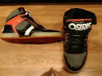 Mens size 10 Osiris skate high tops