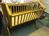 Mammas and Pappas rocking crib