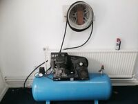 240 VOLT AIR COMPRESSOR WITH AIR LINE AND TYRE GUAGE