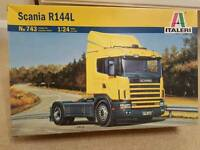Model lorry and accessories
