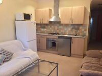 SPACIOUS 2 BEDROOM FLAT TO RENT IN FABER GARDENS, HENDON, NW4