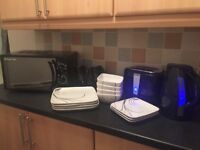 Black kitchen bundle incl microwave