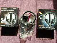 HALLOWEEN SALE OF WIRELESS HEADPHONES WITH INBUILT RADIO AND CHANNELS SCANS (3 PCS)