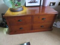 Coffee Table chest storage