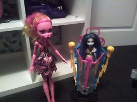 Monster high galiapi and Frankie ,