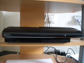 Excellent condition Sony PS3 (465GB) with controller