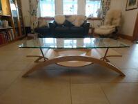 Glass coffee table (like new)