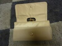 Lovely Atmosphere Purse