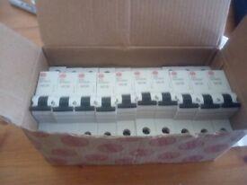 10 Circuit breaker B20A