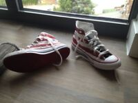All Star Converse Shoes size 5 girl