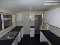 Walkergate, Newcastle upon tyne. 3 Bed Stunning, Spacious Flat with Garden. No Bond!Dss Welcome!