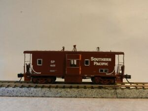 N Scale Athearn Southern Pacific Bay Window Caboose SP4608 ATH Part # 23242 BNIB