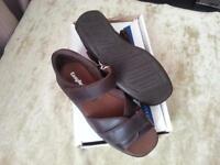 Mens Cosyfeet sandals uk9