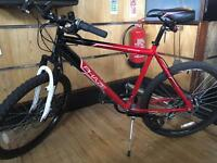 "28"" Mountain Bike with disk brakes 6 months old"