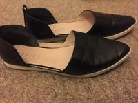 Office shoes size 5