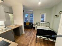 Studio flat in Livingstone Road, Derby, DE23 (#1162420)
