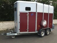 Ifor Williams Horsebox trailer for sale. Hunter HB510R, carries 2 large horses.