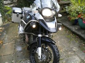 BMW r 1200 GS Adventure with BMW alloy Panniers